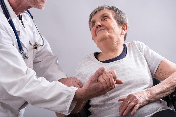 пожилые с заболеванием