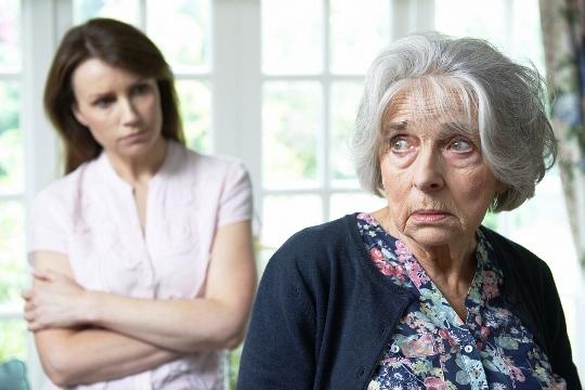 больная бабушка